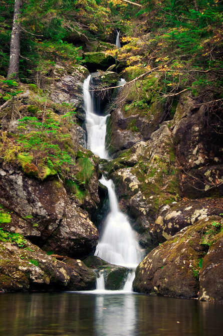 Ammonoosuc Ravine Trail Waterfall, NH