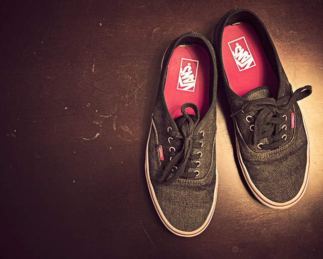 Waiting, Vans Sneakers