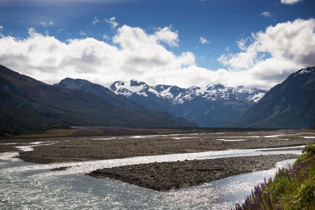 Waimakariri River Valley; Arthur's Pass National Park, New Zealand