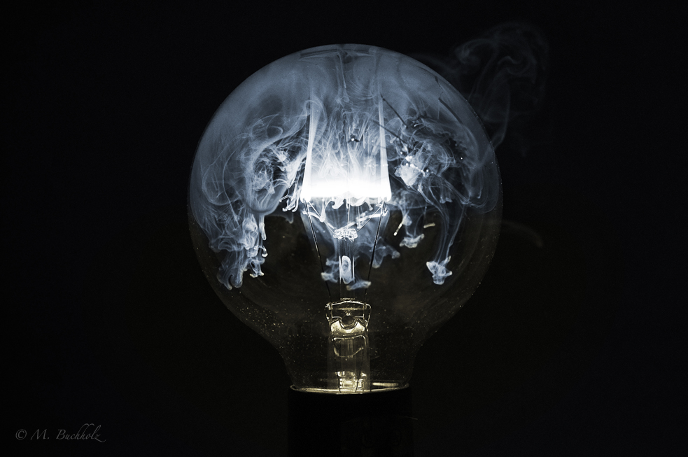 Smoke Dome, Burning light bulb filament