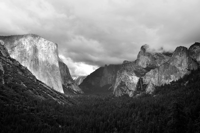 Yosemite Valley; Tunnel Overlook, Yosemite National Park, California